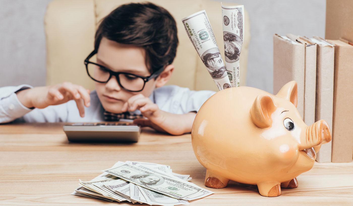Как научить ребенка обращаться с деньгами мудро