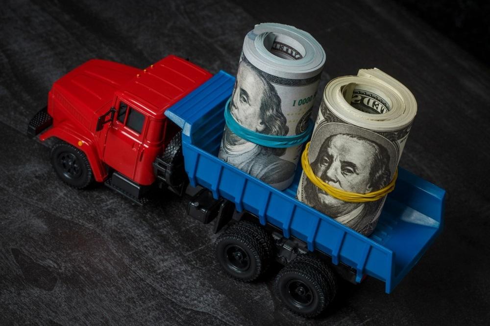 Как перевести деньги за границу — 4 простых способа