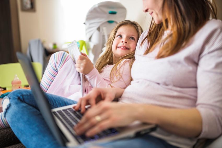 Как заработать маме с ребенком не в интернете фиксированная стратегия ставок на спорт