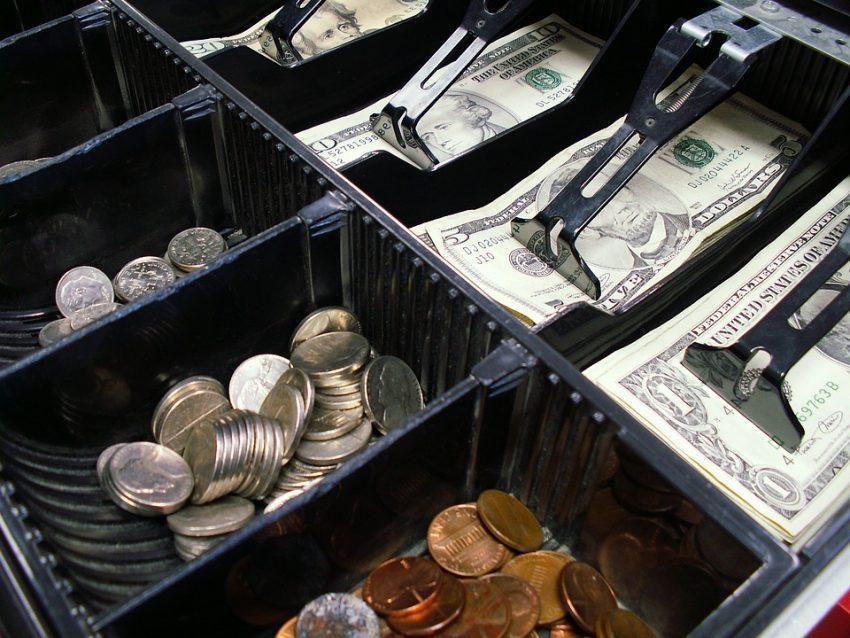 Могут ди отказать возращать денег за покупку