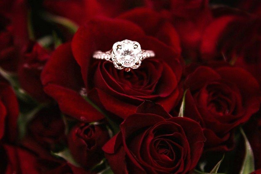 щеке букет цветов с кольцом фото большинстве случаев