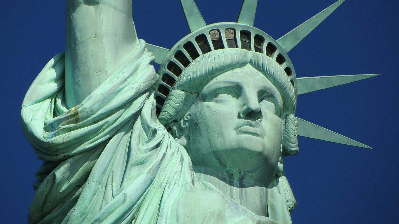Летим за океан! Как белорусу получить визу в США?