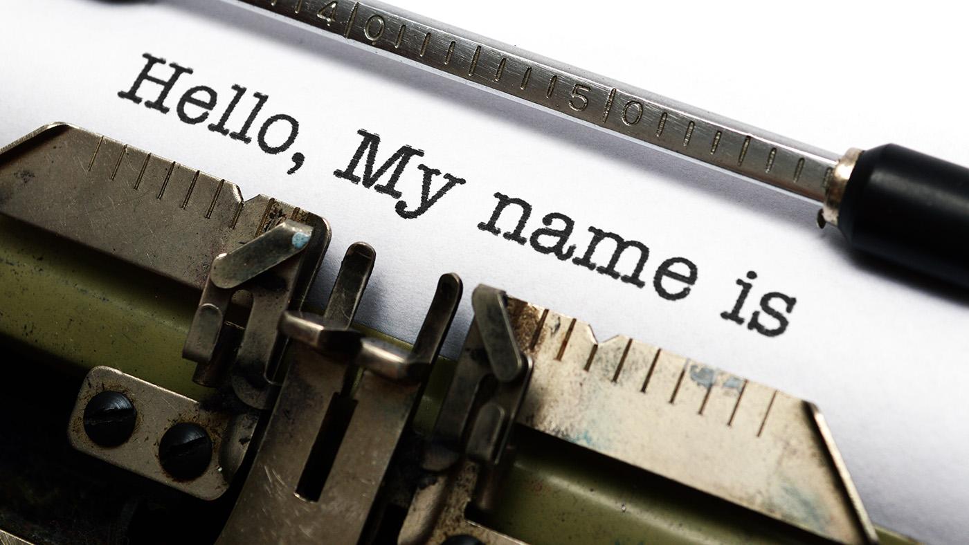 Был Иванов, стал Петров. Как сменить фамилию и имя в Беларуси, и сколько это стоит
