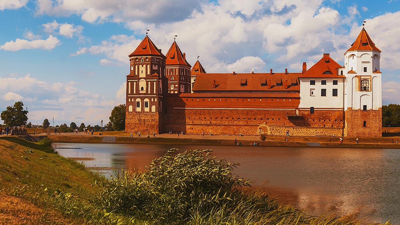 Приезжайте в гости! Рассказываем, как иностранцу посетить Беларусь