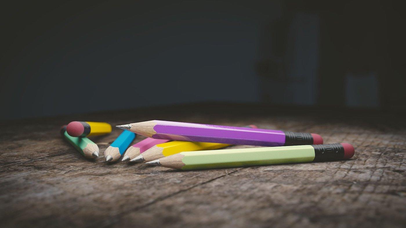 Где научиться рисовать взрослому и сколько это стоит